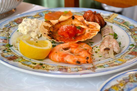 Seafood assortment