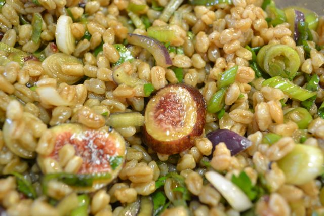 Farro Salad with Figs and Balsamic Vinegar