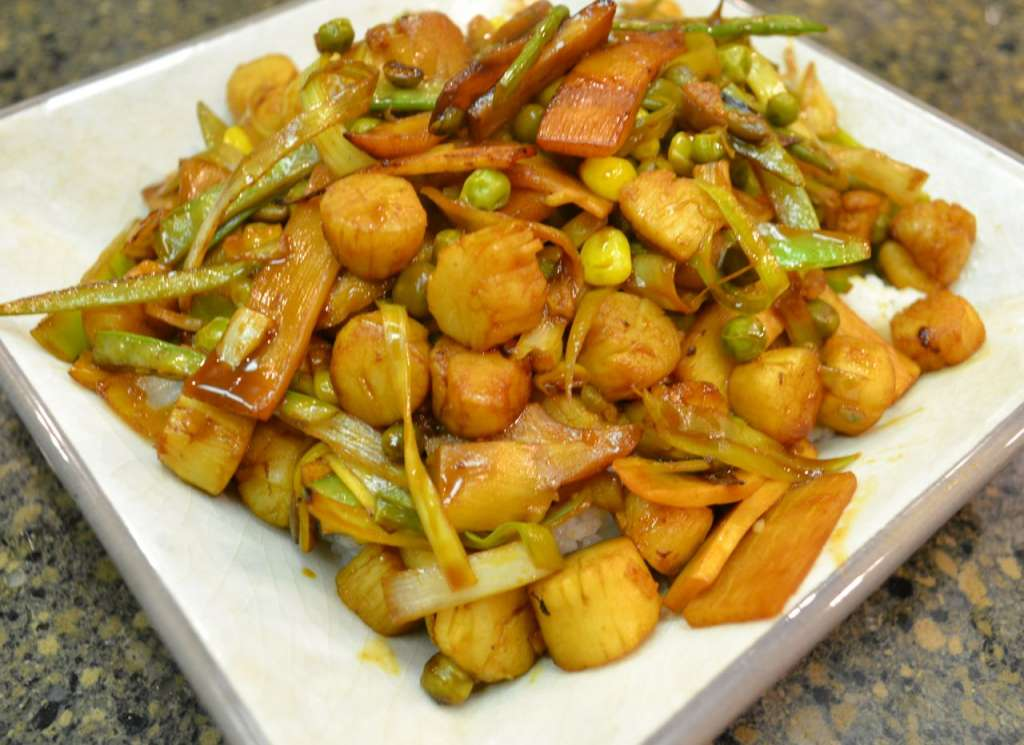 Ginger Scallop Stir-Fry with Leeks