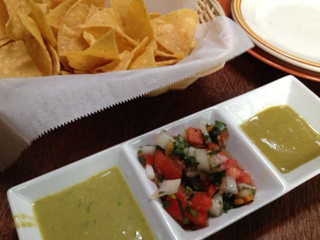 Chips and salsas at El Tule.