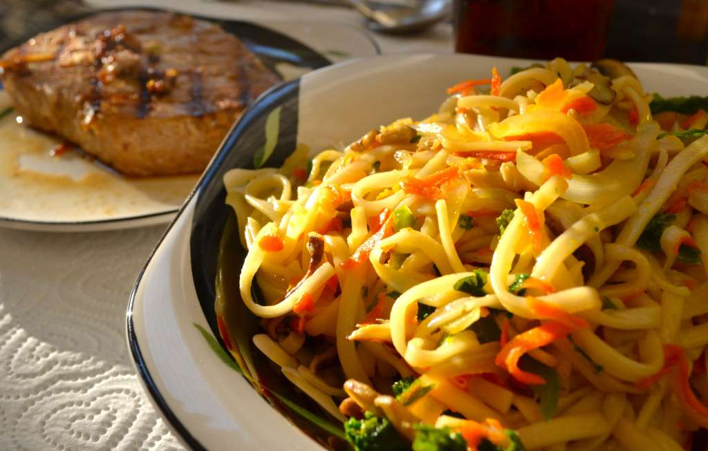 Wasabi Tuna Steaks with Stir-Fried Udon Noodles