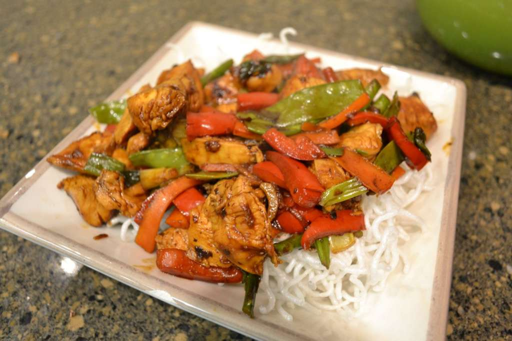 Stir-Fried Chicken with Crispy Rice Vermicelli