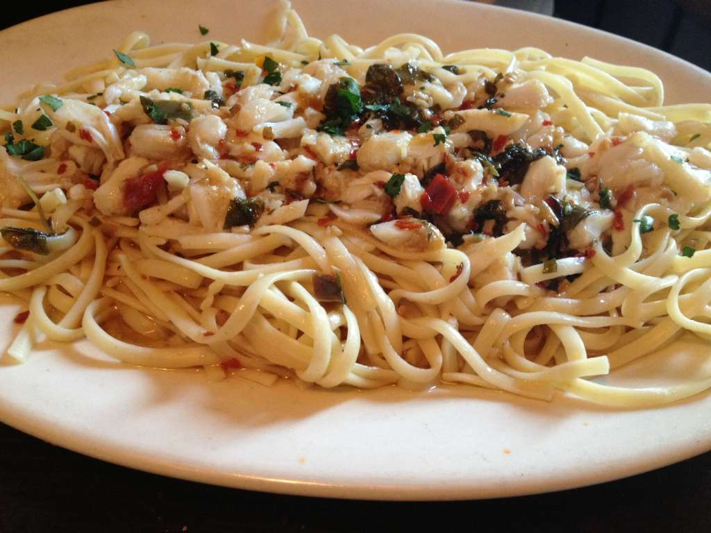 Linguine with Crab Sauce